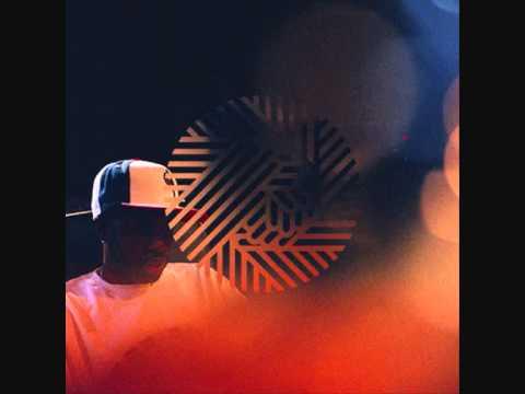 Feelin' Music Do The Dilla 2012 - BoomBaptist- Toucan Wing