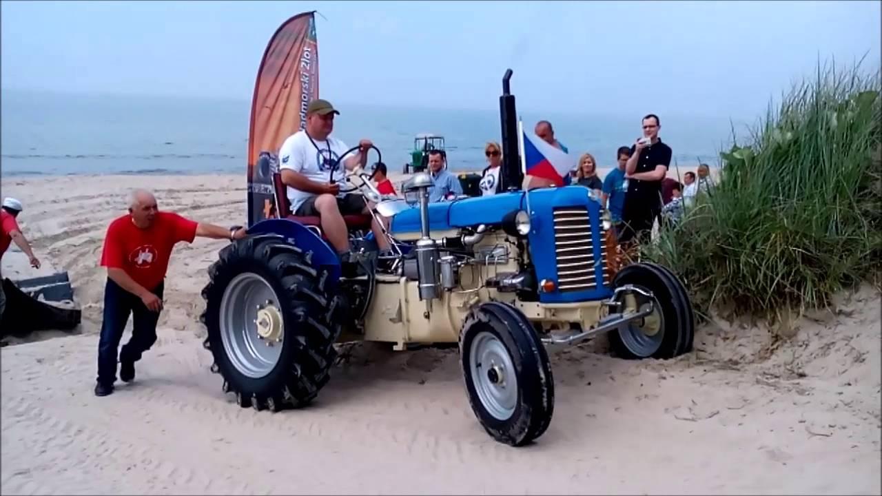Video Nejdelší cesta absolvovaná traktorem a výjezd do nejvyšší nadmořské výšky