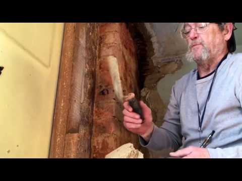 warm-study.-using-horse-hair-plaster.-lime-based.-old-house
