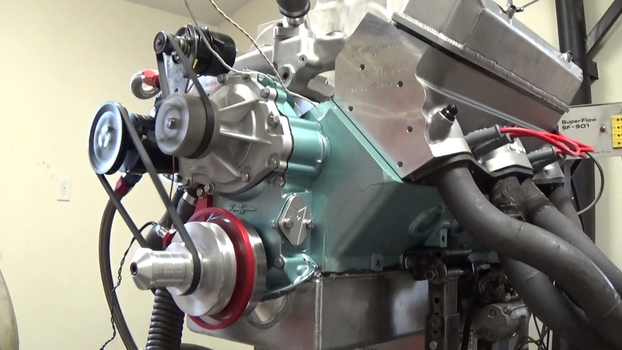 KRE's New Super Wedge Pontiac Cylinder Head Testing