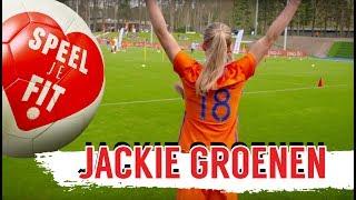 STRIKE! 🎳  Voetbalbowlen met Jackie Groenen | Speel je fit