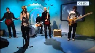 Lenna Kuurmaa - Mina jään (Live)