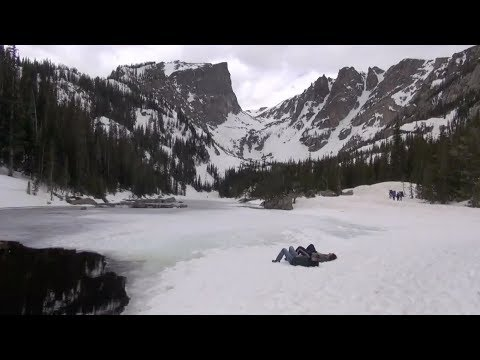 Explore Colorado: Snowshoeing To Dream Lake