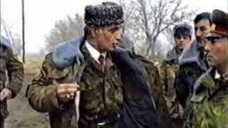 Müdafiə naziri Rəhim Qazıyevin cəbhə bölgələrində hərbiçi və yerli əhali ilə görüşü