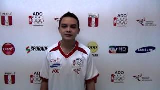 Saludo previo a los Juegos Olímpicos de Nanjing del gimnasta Luis Pizarro