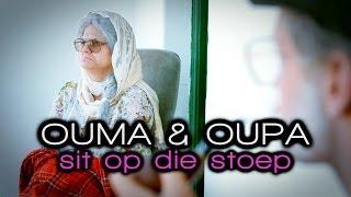 Ouma En Oupa Sit Op Die Stoep