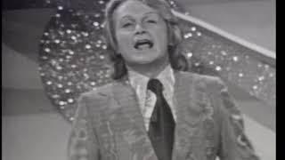 """claude françois chante """" le lundi au soleil """""""