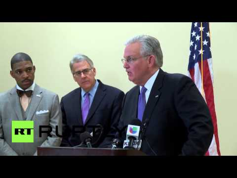 USA: Ferguson awaits jury's decision on Michael Brown shooting