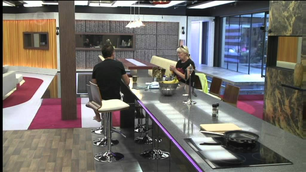 TV Time - Celebrity Big Brother S19E06 - Day 4 (TVShow Time)