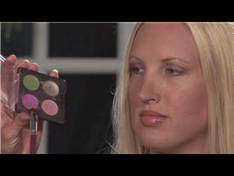 Eye Shadow Application : How to Apply Two-Tone Eye...