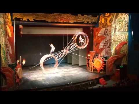 Amazing Chinese Acrobatics