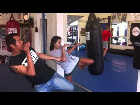 Hermosa Beach Muay Thai Classes |  Manhattan Beach Muay Thai | Free Intro Class(310) 376-1602
