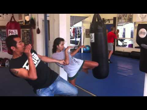 Hermosa Beach Muay Thai Classes |  Manhattan Beach Muay Thai | Free Intro Class(310) 376-1602