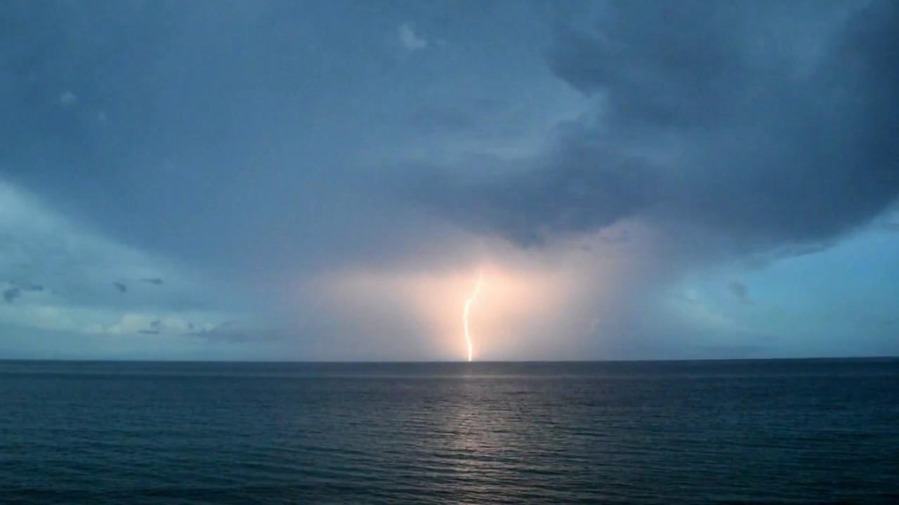 storm over ocean  u26a1 wicked lightning  u26a1 awesome light show