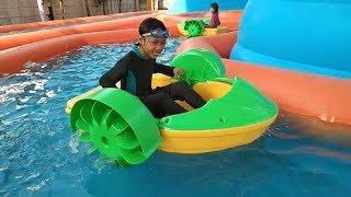 Mainan Hutan Air ❤ Istana Balon Kolam Renang ❤ Asiknya Qyla & Fais Bermain Air Water Slide WaterPark