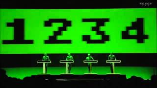 Kraftwerk 3D - Numbers / Computer World (Live)