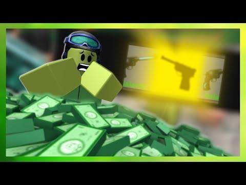 GODLY GUN - 10,000 ROBUX vs Murder Mystery 2