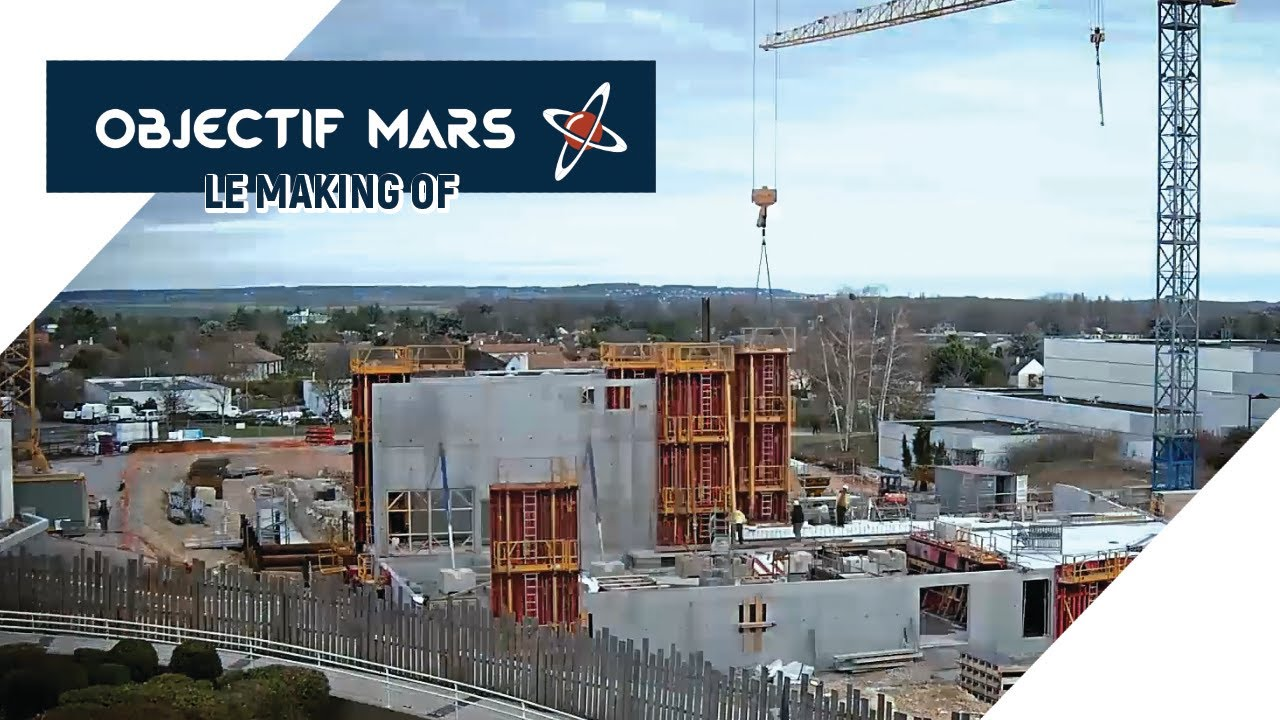 """Objectif Mars"", le premier roller-coaster du Futuroscope a ouvert ses portes"