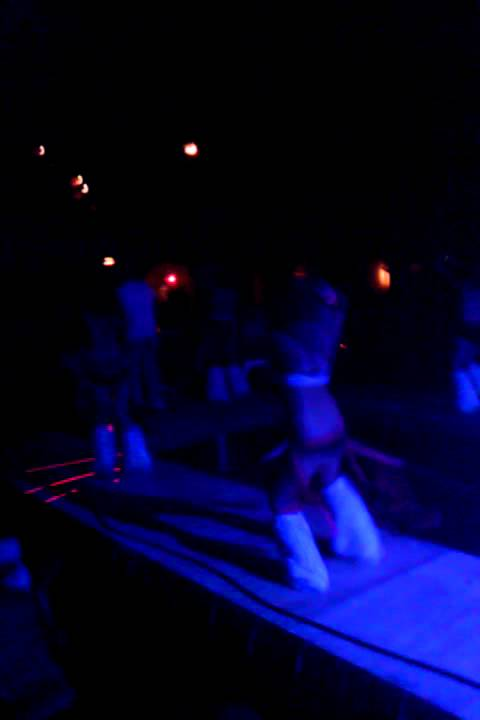 how to become a go go dancer for raves