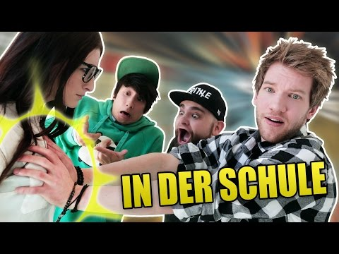 PEINLICHE SCHUL-STORIES (feat.