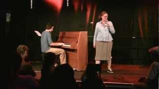 """Frau Scholten singt """"Babys"""""""