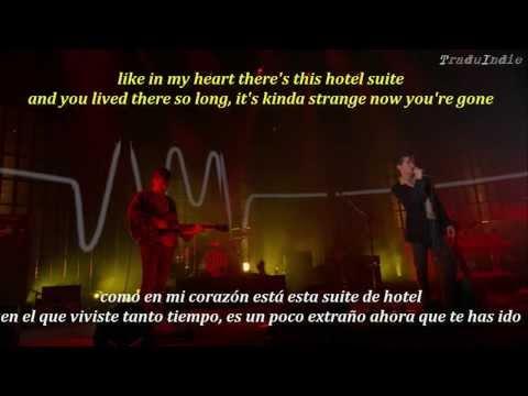 Arctic Monkeys- Fireside (inglés y español)