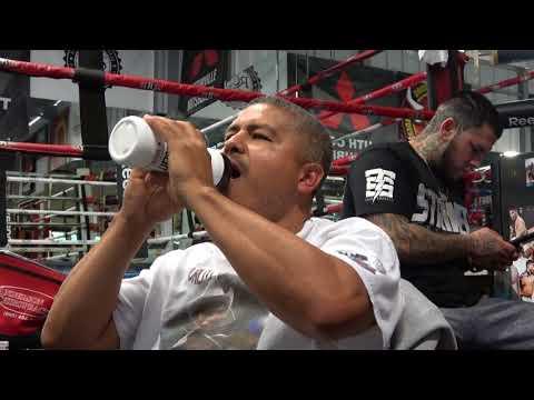 Robert Garcia Erik De Leon Fight Review EsNews Boxing