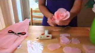 Repeat youtube video HOW TO MAKE PAPER FLOWERS  FLORES DE PAPEL 2 VERY EASY