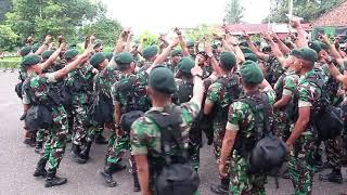 Download lagu Semangat membela ibu Pertiwi prajurit YONIF R 142/KJ