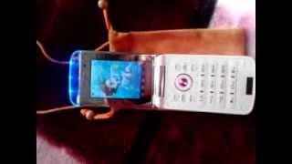 Светящийся музыкальный сенсерно-кнопочный телефон(Светится и звучит при открытии, закрытии, звонке, смс. 2 симки. Камера 3м (фото,видео). Фотографировать можно..., 2013-10-25T06:02:01.000Z)