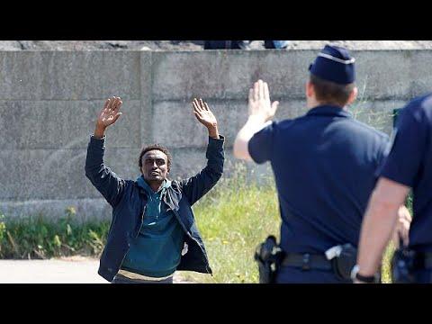 Human Rights Watch denuncia crueles castigos a los inmigrantes en Calais