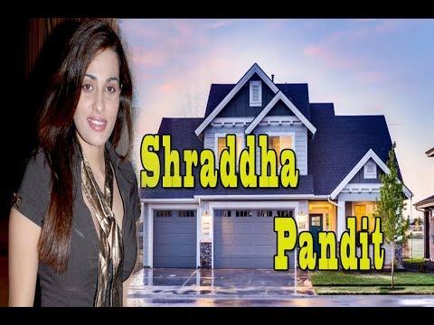 Shraddha Pandit  Lifestyle ,Weight, Age, Wiki, Biography, Husband, Family