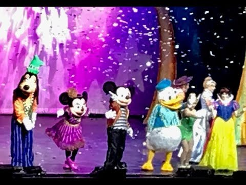 DISNEY LIVE 2018 ! Mickey & Minnies Doorway to Magic. Intro song, Tinker bell & Cinderella story