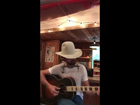 Ryan Bingham #StayHome Cantina Session #32: 'The Poet'