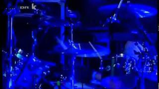 [07] Them Crooked Vultures - Spinning In Daffodils (Roskilde 2010).avi