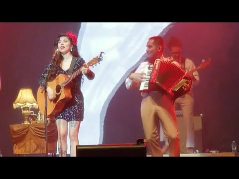 Mon Laferte at Houston, Smart Financial Centre, May/04/2018  #AmarteTour