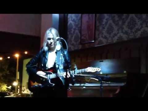 Phoebe Bridgers, Motion Sickness (Live), 11.02.2016, Pageturners Lounge, Omaha NE