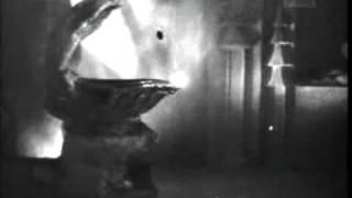 Toofan Aur Deeya (1956) - Nirbalse Ladayi Balwanki Yeh Kahani Hai Diye Aur - Manna Dey (Part 1).mp4