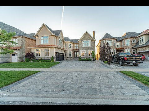 Home For Sale At 44 Midsummer Drive, Brampton, ON L6P 3E5