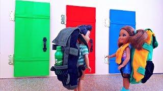 ЧТО СКРЫВАЕТСЯ ЗА ДВЕРЬЮ ? Игры в куклы для девочек