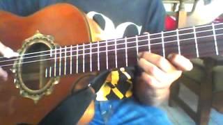 Requinto de Nuestro Juramento- Julio Jaramillo en el instrumento requinto.