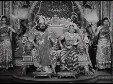 Vedhala Ulagam - Balasubramaniam gets shocked
