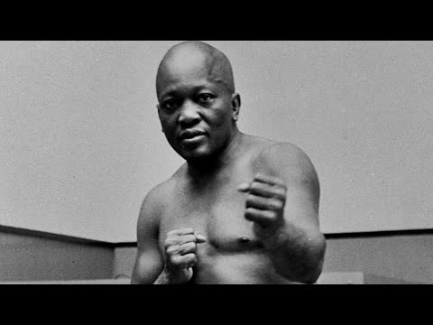 Trump Pardons Late Boxing Champ Jack Johnson