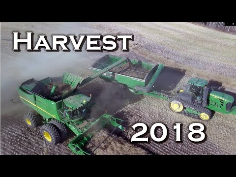 Harvest 2018 In Northern Alberta, Canada -  With John Deere Equipment