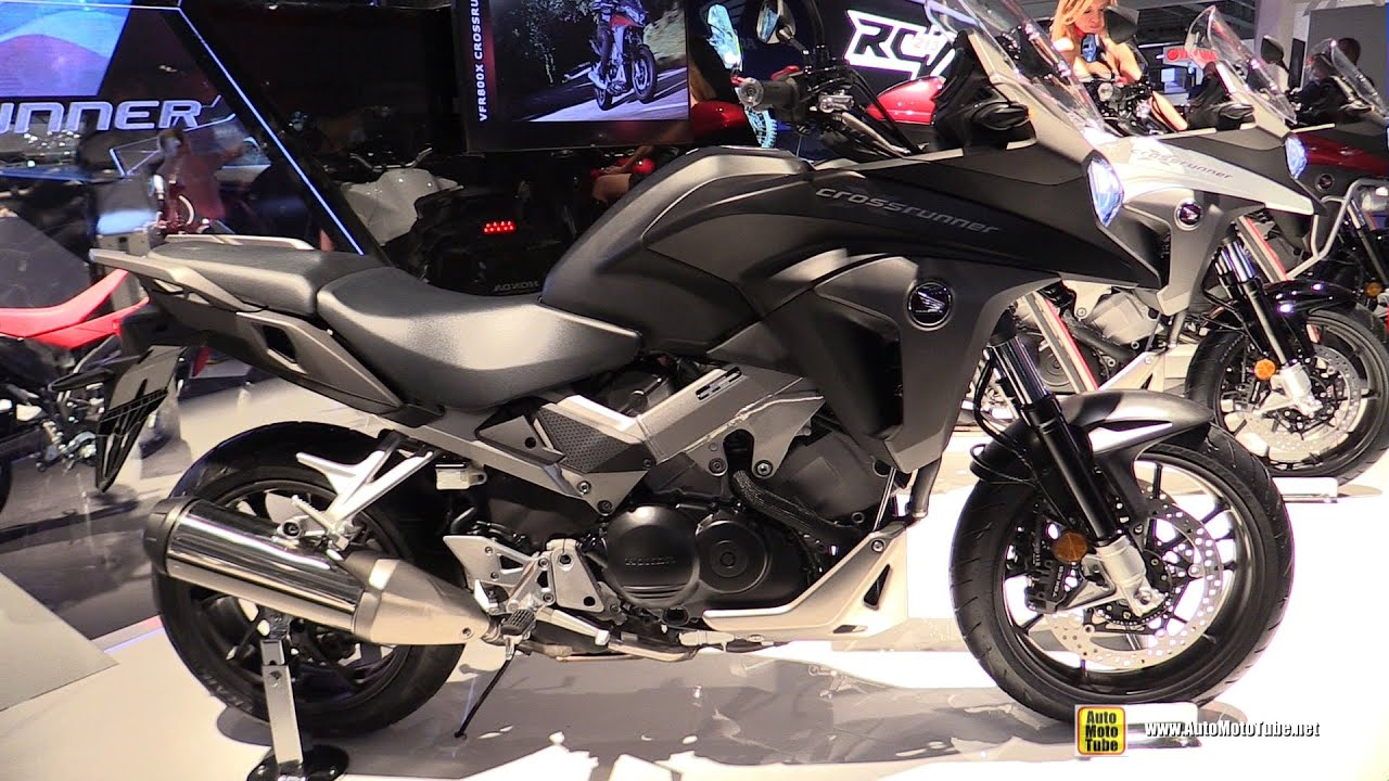 2015 honda crossrunner abs walkaround debut at 2014 eicma milan motorcycle exhibition youtube. Black Bedroom Furniture Sets. Home Design Ideas