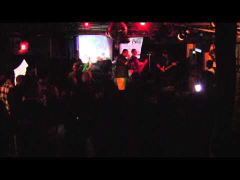 "BEAT TO DEATH - BLUE CAFE - LONG BEACH CA - 5-21-2011 ""VULTURE VIDE0"""