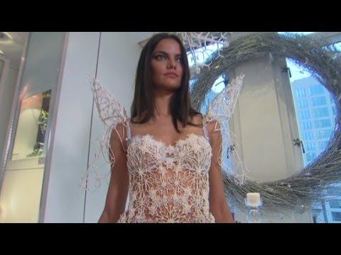Victoria's Secret model's 3D-printed wings