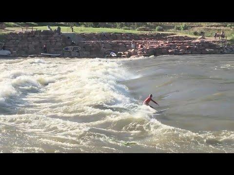 Colorado river surfing
