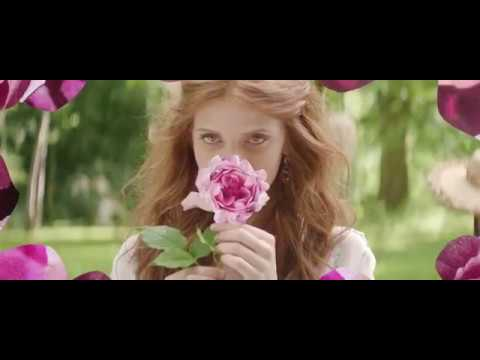 SISLEY PARIS   Izia s Anniversary Edition - YouTube 0dfa56f94