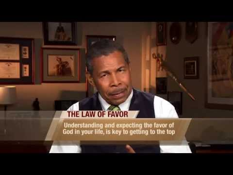 The Law of Favor | Dr. Bill Winston